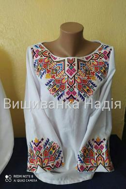 Вишита жіноча блузка ПИСАНКОВА